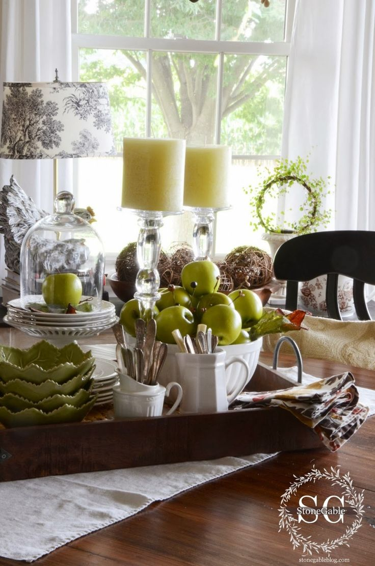 25 best ideas about vignettes on pinterest coffee table styling foyer table decor and - Kitchen table centerpiece ideas ...