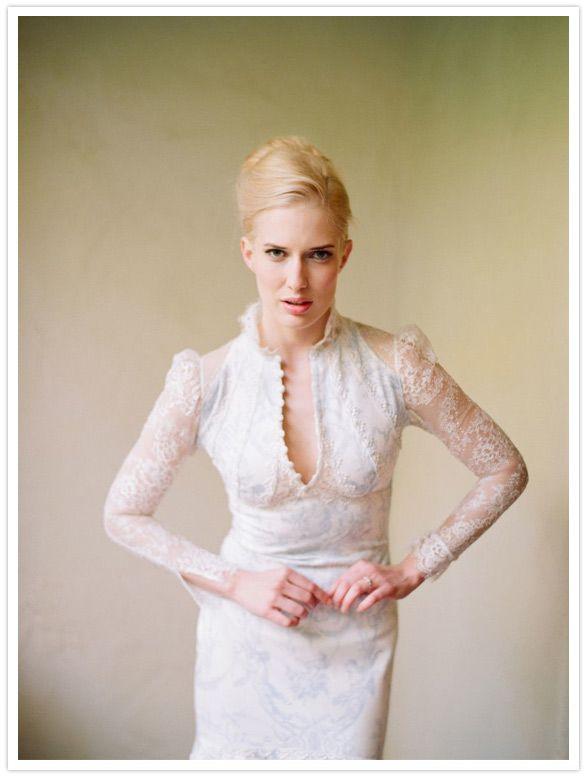 Claire Pettibone 'Toile Francais' wedding gown http://www.clairepettibone.com/bridal/?cp=gowns/toile_francais - Photo: @Elizabeth Messina