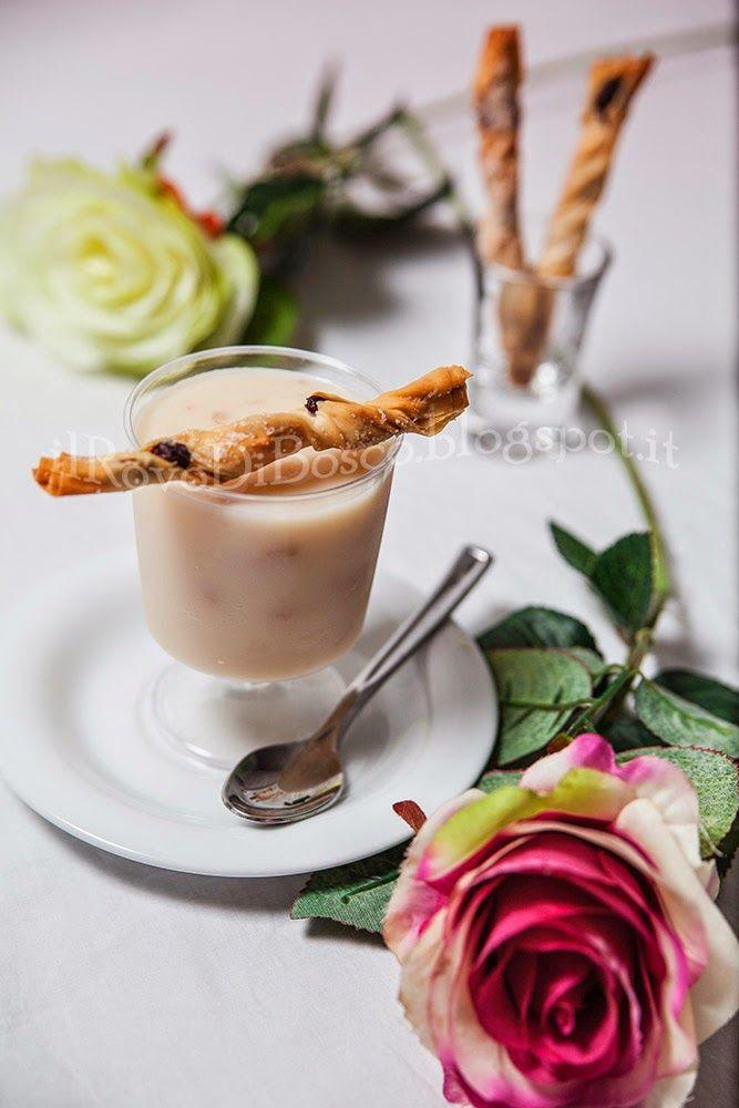 Crema tiepida di miglio, agave e gelatina di rose con bastoncini croccanti ai mirtilli rossi