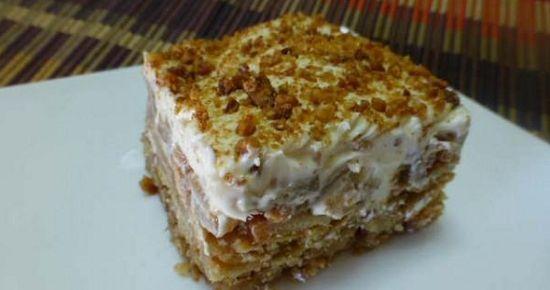 Συνταγή: Μηλόπιτα ψυγείου με κρέμα και μπισκότα – Απλά τέλεια!!!!!