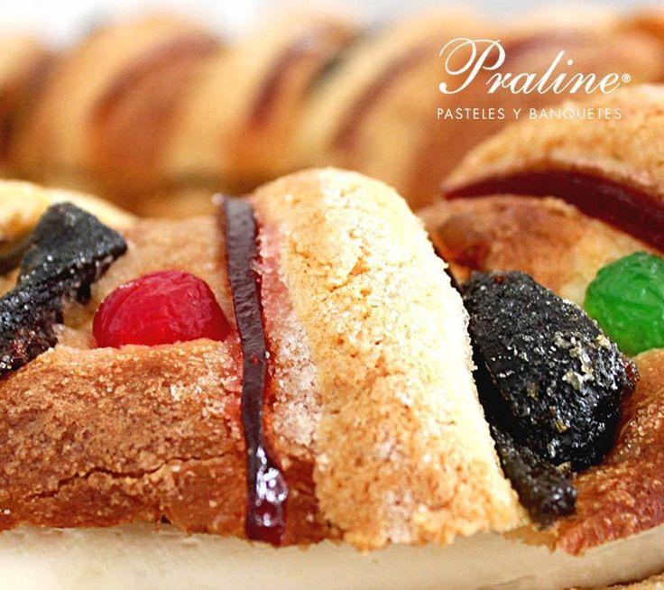 Rosca de Reyes tradicional, rellena y de almendra, la que más te guste en Praline México.
