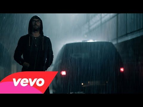Entertainment Tonight - Music - Adam Levine and Behati Prinsloo Are Creepy as Hell in Maroon 5's 'Animals' Video