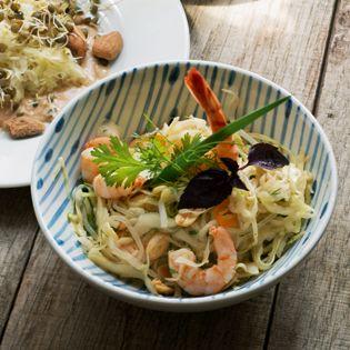 Rezept von Meret Bissegger: Kabis-Salat mit Sojasprossen und Crevetten