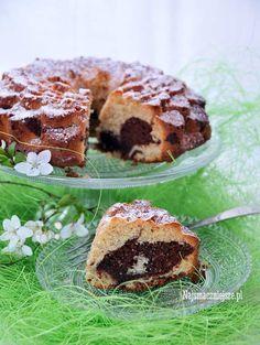 Babka marcepanowa z czekoladą, babka, marcepan, Wielkanoc, święta, czekolada, http://najsmaczniejsze.pl #food #marcepan #cake
