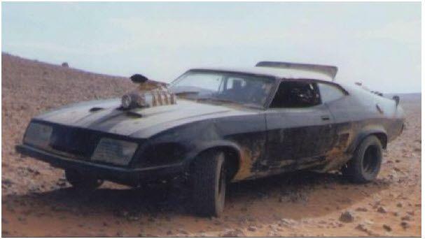 Mad Max 2: The Road Warrior - V8 Interceptor