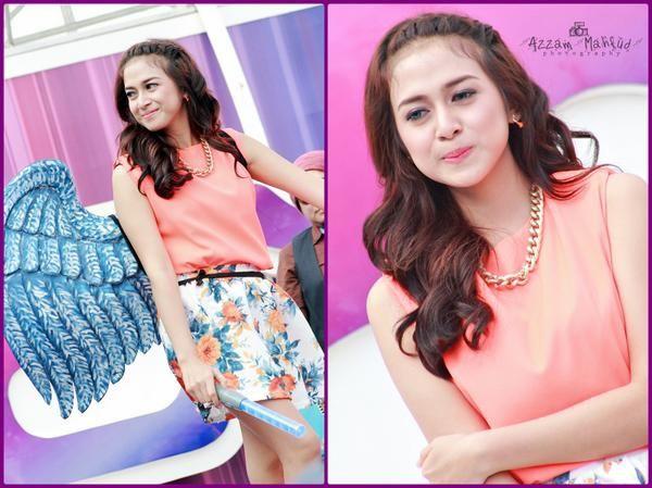 nih Barbie nya Indonesia. Namanya Sadrina Zatulini or Nina zatulini