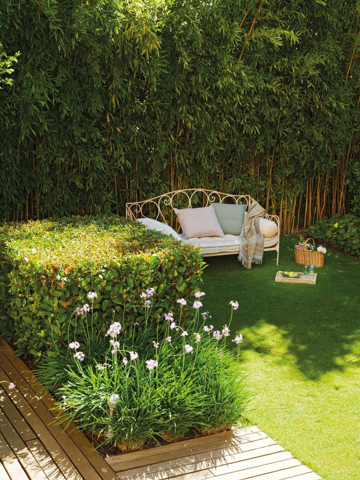 458 best terasz images on pinterest murals wall mural - Casas con jardines ...