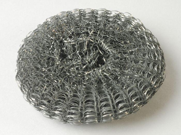 """Metalen, ronde pannenspons met etiket """"DUTCH CURL""""- 1960/1970"""