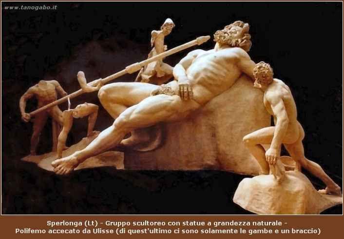 Ulisse, il ritorno del guerriero Era necessario che s'ingaggiasse un'ultima battaglia fra Ulisse e i suoi e le famiglie dei pretendenti massacrati che gridavano vendetta? Atena e Zeus decisero altrimenti e calmarono gli animi; così, #proci #telemaco #troia #ulisse #penelope
