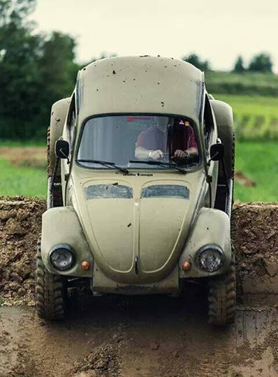 VW off-road bug - I want to find a 'Ghia in sad shape and do this kind of build with it...