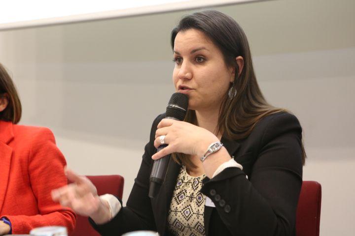 Céline Peignon, Chargée de communication interne, Caisse d'Épargne Bretagne Pays de Loire