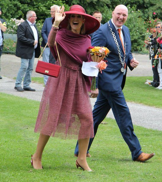 Queen Maxima visited the Rosarium in Winschoten