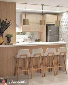 Be amazed by these amazing Mid-Century Modern Kitchens! #modernlighting #contemporarylighting #modernhomedecor #interiordesignideas #interiordesignproject #homedesignideas #midcenturystyle #moderndesign #moderndesign #tablelamp #desklamp #uniquelamps #contemporarydesing