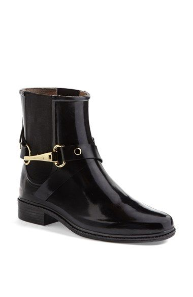Free shipping and returns on Burberry 'Ackmar' Rain Boot at Nordstrom.com. Golden bit hardware antes up the polish of a neat rubber rain boot lined with trench-colored checks.