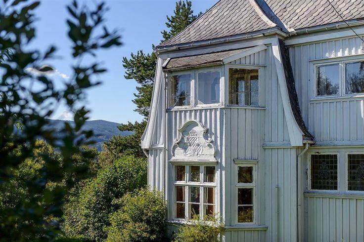 (1) FINN – Lillehammer - Enebolig med rivningstillatelse - Stor utviklingseiendom bestående av tre frittliggendetomter.