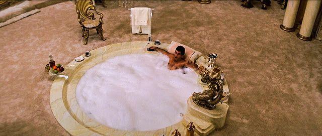 Bath time  Scarface  MANS CAVE  Jacuzzi Bathroom et Bathtub