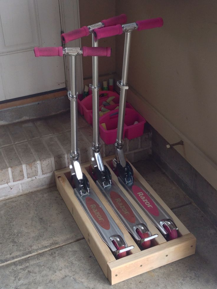 25 best ideas about scooter storage on pinterest diy for Garage scooter aubervilliers