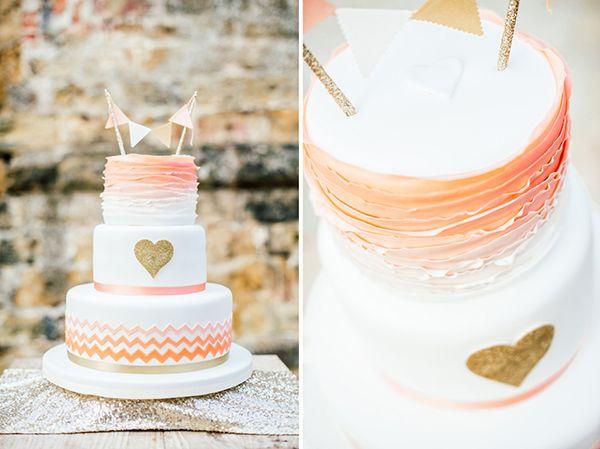 Die romantische Hochzeit von Uli und Holger | Fotos: Die Hochzeitsfotografen Torte: Suess und salzig