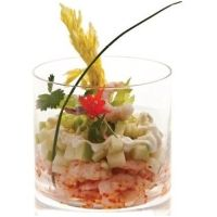 Verrines de crevettes nordiques aux pommes acidulées et aux coeurs de céleri