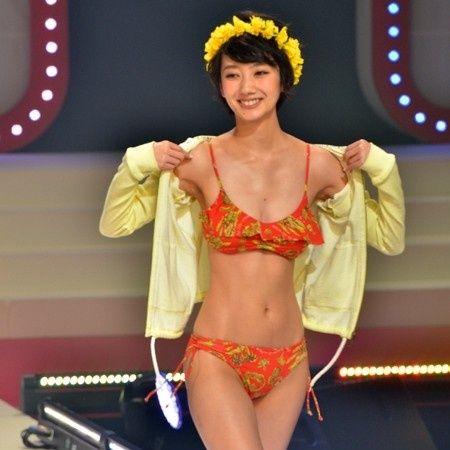 (画像2/3) 波瑠 - ショートカット美女・波瑠、ビキニ姿披露 美くびれに観客くぎづけ
