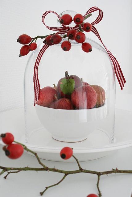 apples under glas