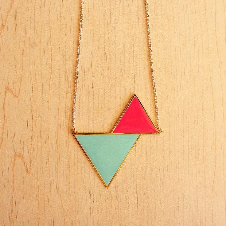 : Triangles Necklaces, Jewelry Necklaces, Amazing Necklaces, Jewelry Trends, Necklaces Bracelets, Current Jewelry, Bracelets Necklaces, Gold Jewelry, Amazing Jewelry