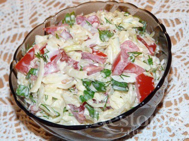 Салат Капустный с помидорами и сыром / Удивительная еда!