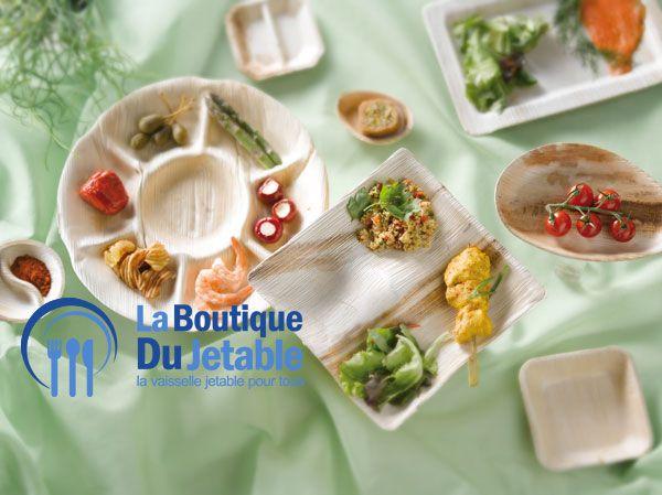 La vaisselle en bois, c'est aussi de belles assiettes en palmier pour un pique-nique ou une soirée barbecue entre amis dans le jardin. Et pourquoi pas une fondue bourguignonne !  http://www.laboutiquedujetable.fr/31-assiette-bois