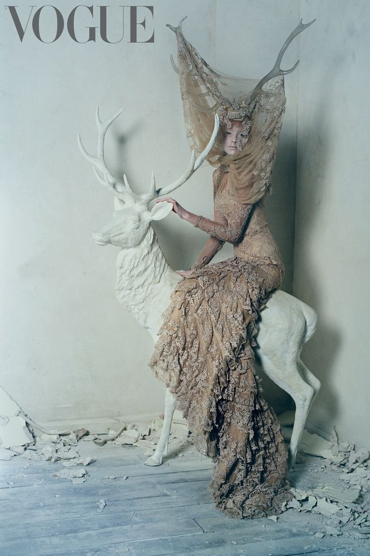 Dramatic fashion photography w/ haute couture lace ruffle dress by Alexander McQueen // Ph. Tim Walker 2015