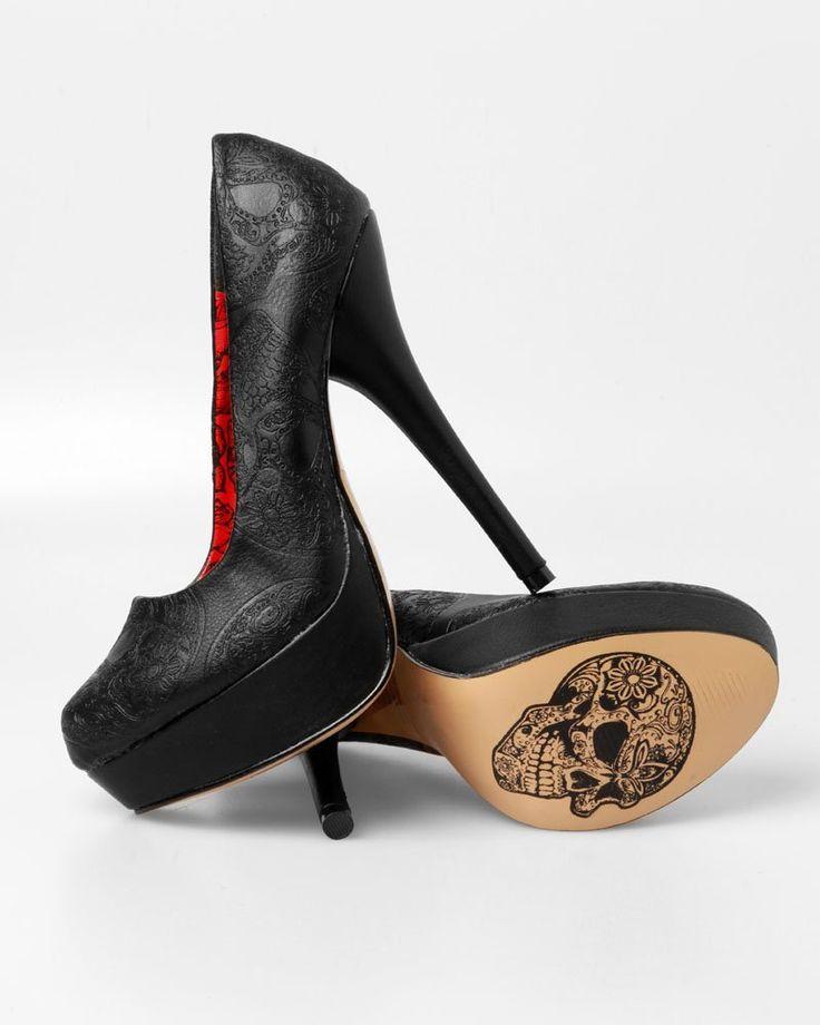 black skull heels, hot