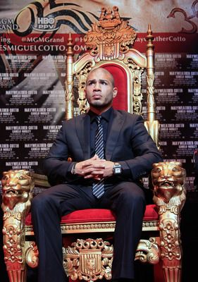 boxer miguel cotto press conference before mayweather fight