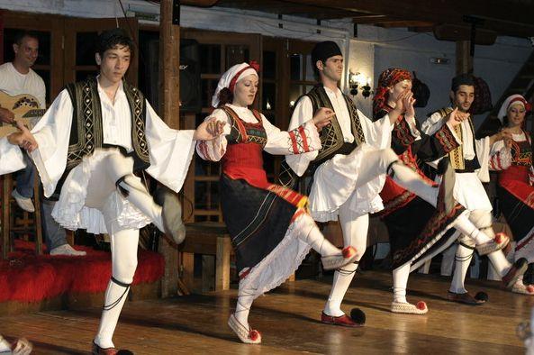 Greek Dance Sirtaki Zorba Everyone Knows Zorba Haha