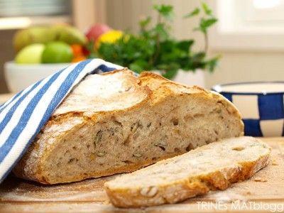 Eltefritt halvgrovt brød med gresskarkjerner » TRINEs MATBLOGG