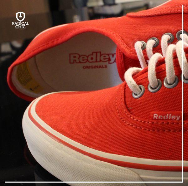 Tênis Redley Originals. Totalmente retrô, fácil de combinar, esse modelo é básico e vai bem com tudo: de bermudas a calças jeans.   #radicalchic #modamasculina #tenis #redley