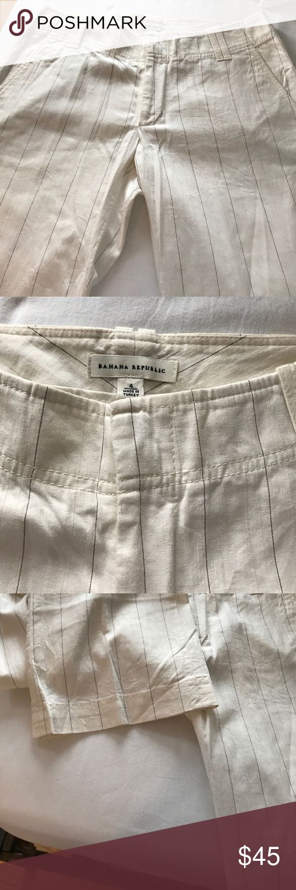 Banana Republic Trousers Beige striped beautiful Banana Republic Trousers with flap pockets in the back. Banana Republic Pants Trousers