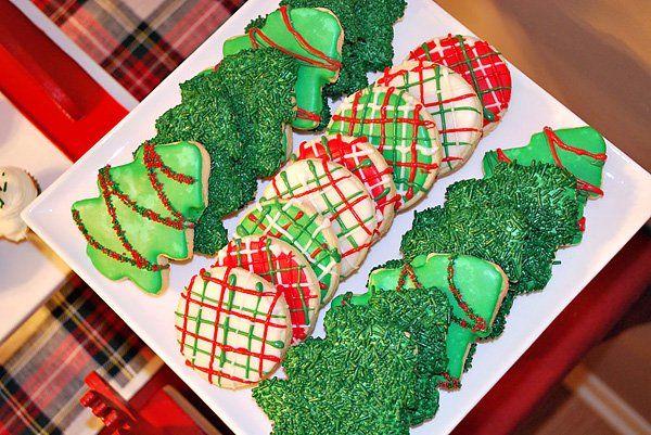 """Mad for Plaid"" Christmas Dessert Table"