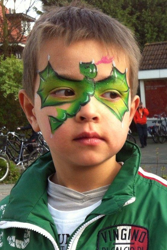 Schminken is ook leuk voor jongens, dus kom regelmatig langs op de open zondagen en laat je kinderen schminken!