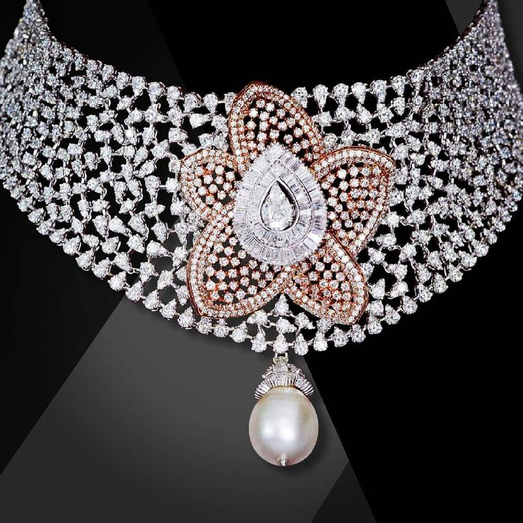 @thejewellcloset. Diamond necklace by Mahesh Nottandas #diamonds#sapphire jewellers@thejewellcloset
