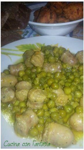Salsiccia con porri, piselli e zafferano, un piatto semplice per un secondo, o per condire un buon piatto di pasta fatta in casa