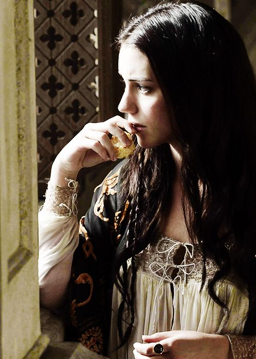Young Morgana worries how to prove her father's innocence after the Queen…