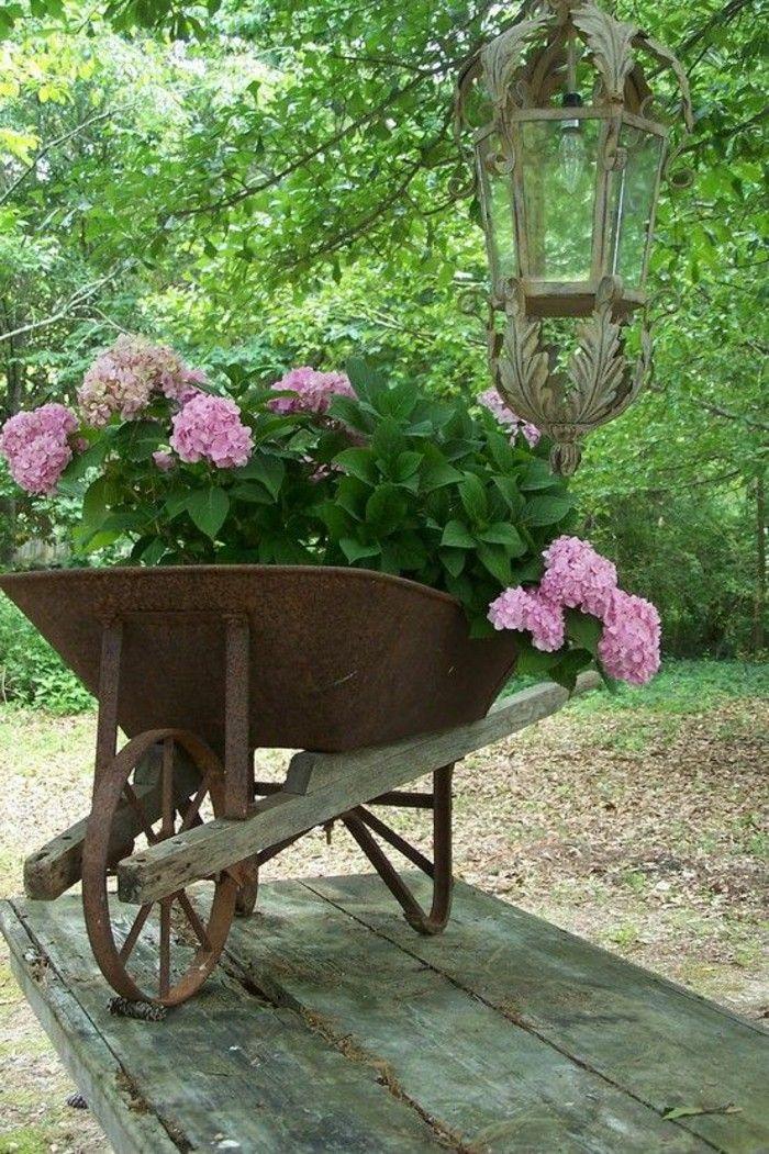 Garden design plants Gartendeko wheelbarrow decoration