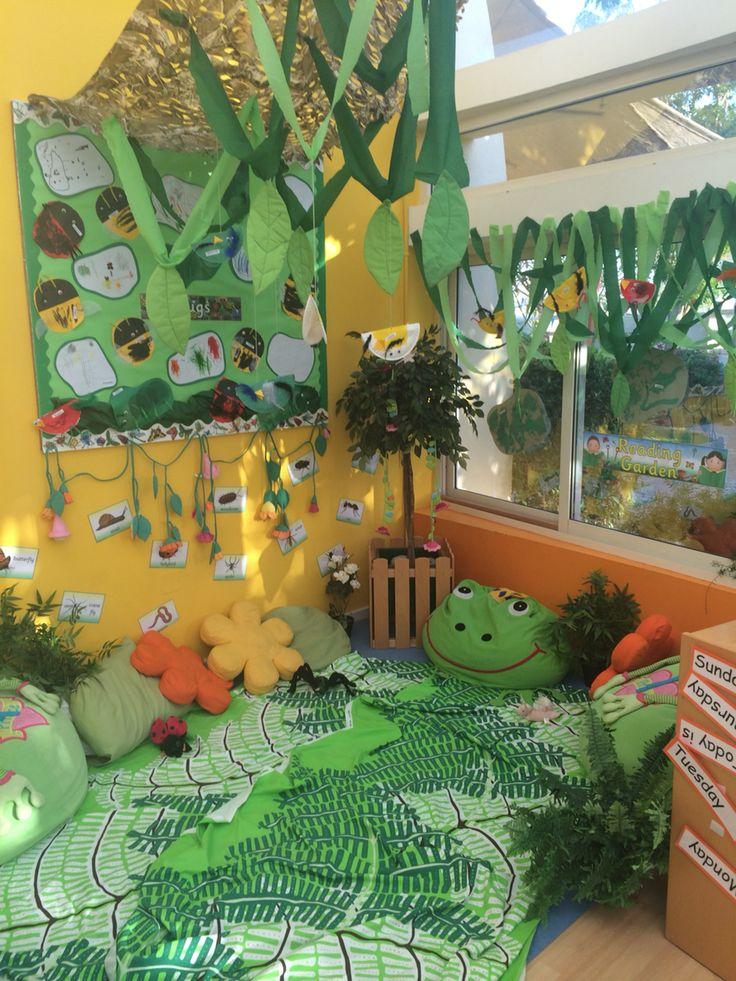 Reading garden bug mini-beast birds wildlife imaginative cosy role play area eyfs