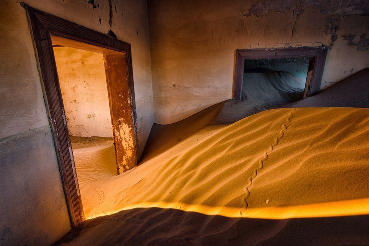 Namibia-Kolmanskop-2015-7.jpg (1400×934)