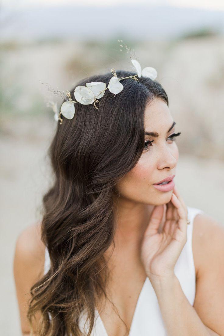 Best 25 brunette bride ideas on pinterest - Coiffure pour communion ...