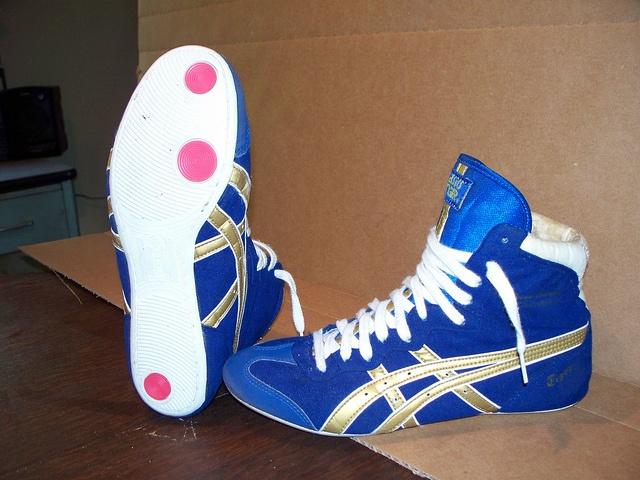 asics dave schultz classic wrestling shoes blue