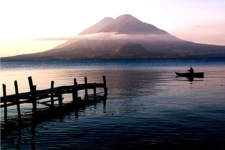 Lake Atitlan, Guatemala, these are some of the best landscapes exist on the planet. LAGO DE ATITLAN