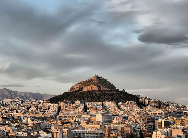 Βλέπουμε την Αθήνα από ψηλά