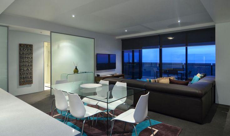 Luxury and spacious Gold Coast accommodation for large families #familyholiday  #goldcoast #accommodation #luxury #holiday #hotel #sufersparadise #travel
