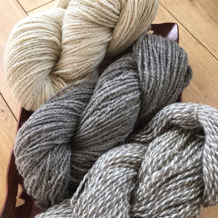 Real wool Yarn pack for weaving, knitting and other DIY craft projects.3 colours: grey,cream and melange(tweed). Home spun yarn.