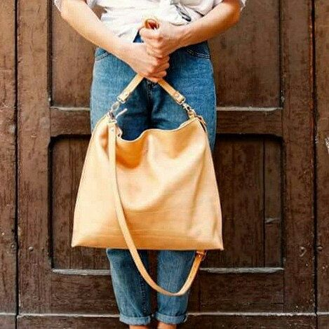 Street style with Vela bag by el Mato!! :-)